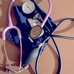 Littmann stethoscope with cuff